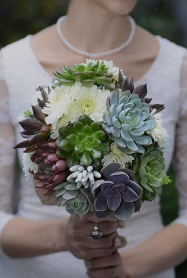 Succulent wedding bouquets centerpieces more urban succulents succulent bouquets junglespirit