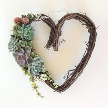 Briana Heart Wreath (upgrade)